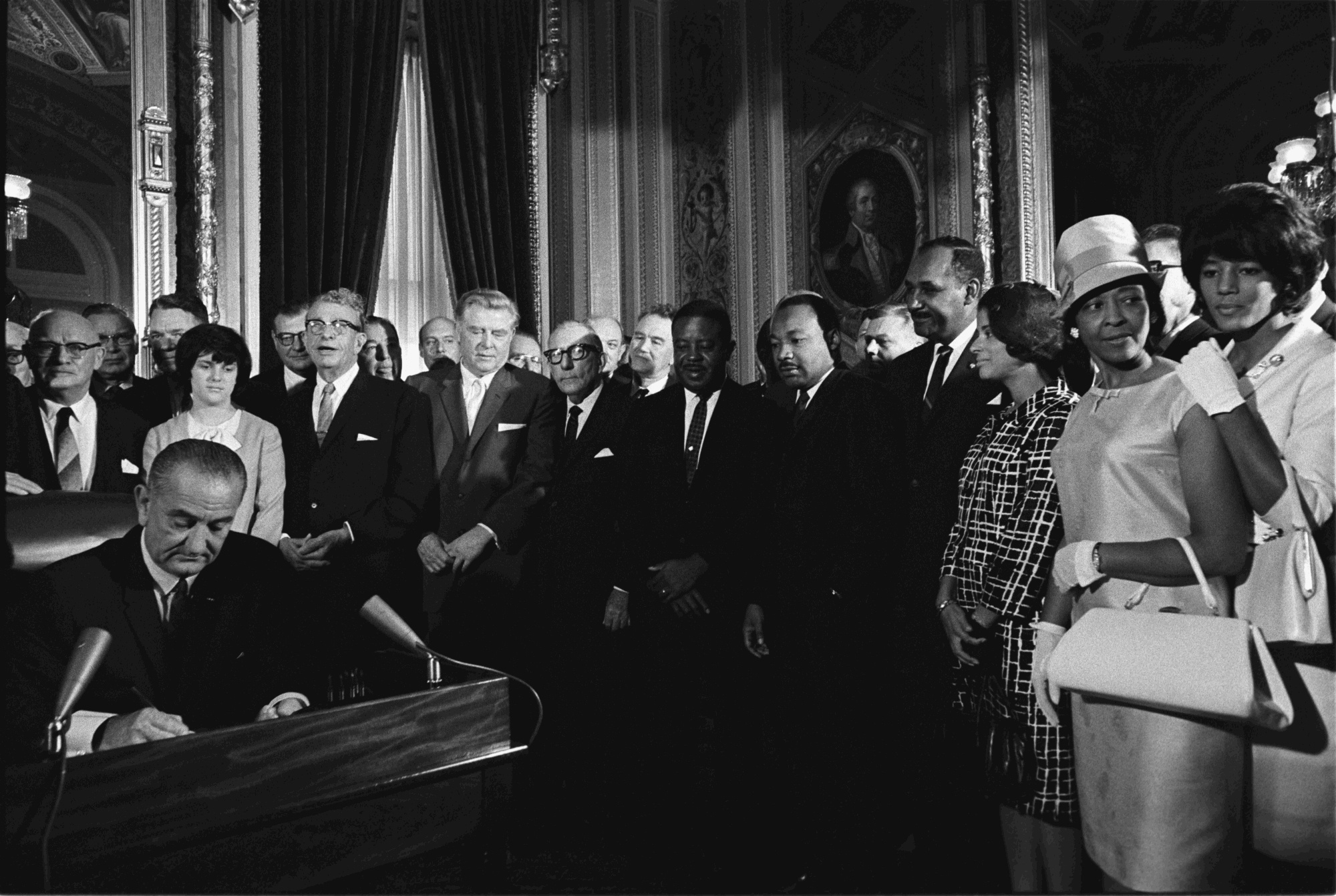 an analysis of the key features of the us civil rights act of 1964 The civil rights act of 1964 and the equal employment opportunity commission  en español in the 1960s, americans who knew only the.